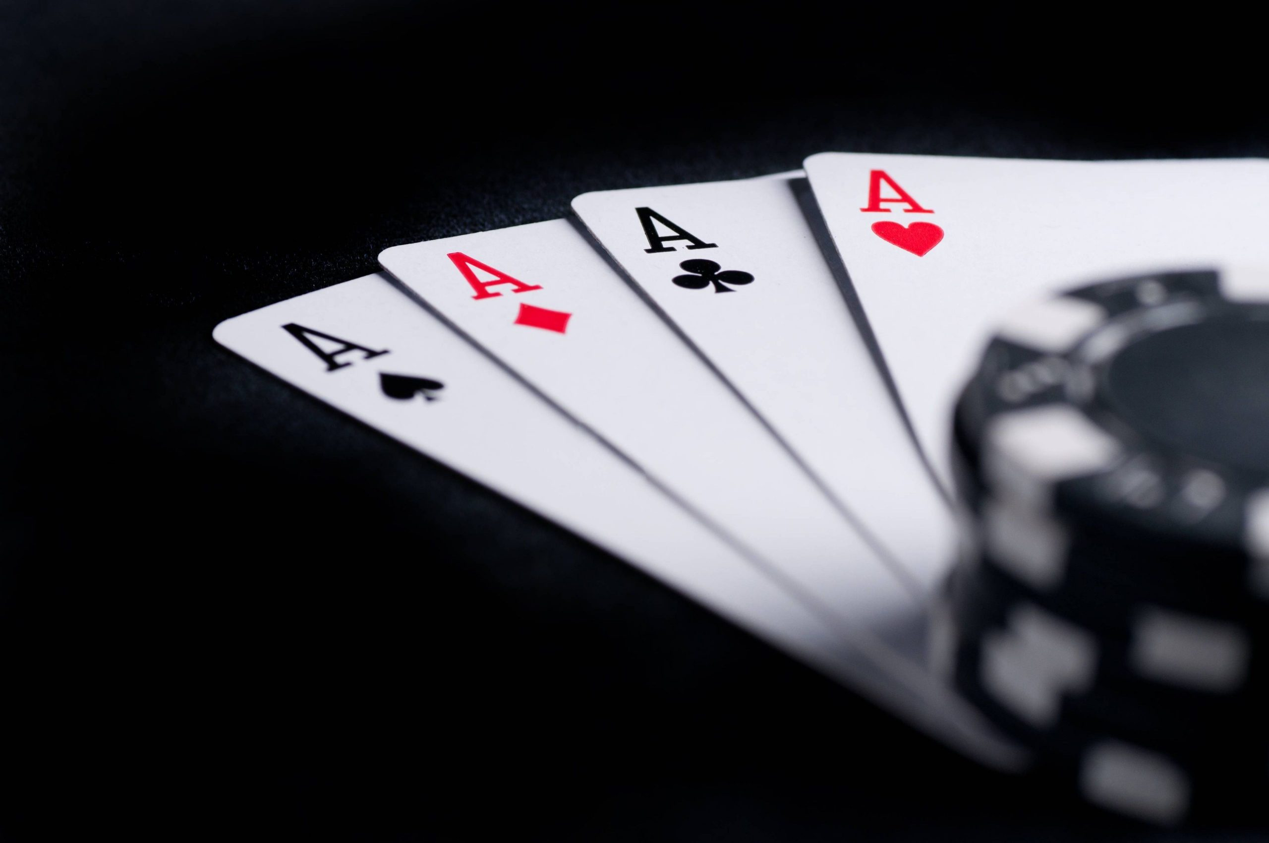 Ideal Online Poker Site - Gambling